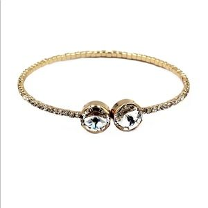Simple golden circlet crystal bracelet